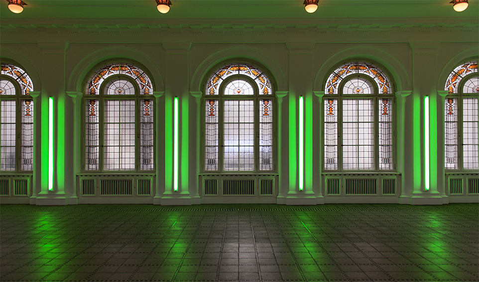 Four green neons - Berlin, Germany  © 2012 Sergio Petrelli
